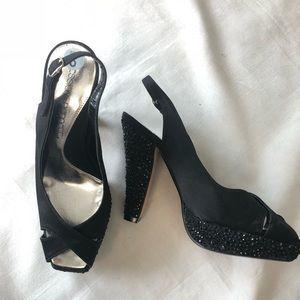 Jessica Bennett 6 Platform Heels studded EUC Jhalo